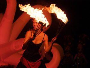 carnival-998092_640